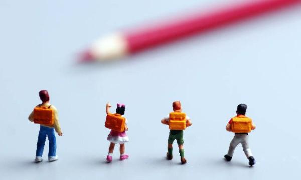 """松鼠Ai梁静:""""人工智能+OMO""""成就教育模式创新"""